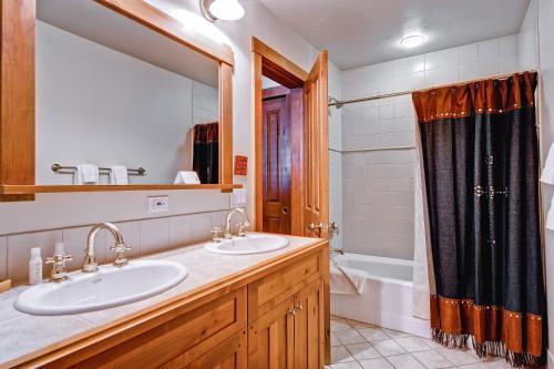 Villa Montane 216 - Beaver Creek, CO 81620
