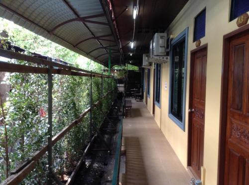 BC Guesthouse Si Phraya photo 10