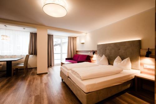 Aparthotel Dorfplatzl Garni Lanersbach-Tux
