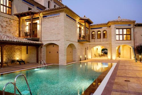 . Hotel Villa de Alquézar