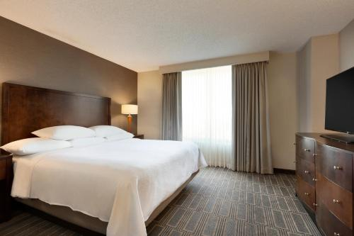 Embassy Suites by Hilton Chicago Lombard - Lombard, IL IL 60148