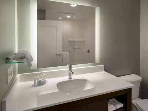Residence Inn Boston Bridgewater - Bridgewater, MA 02324