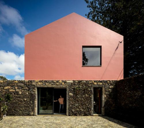 Pink House Azores - Photo 2 of 65