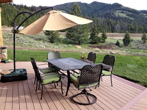 Mcdonald's Ranch Lodge - Gardiner, MT 59030