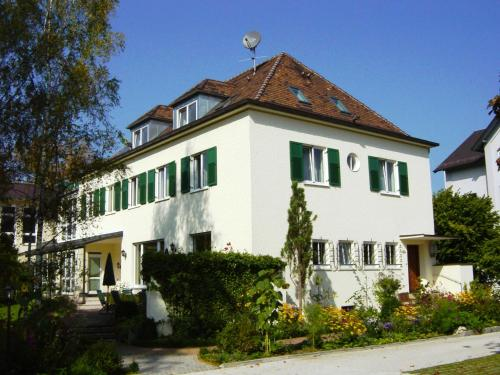 . Villa Arborea