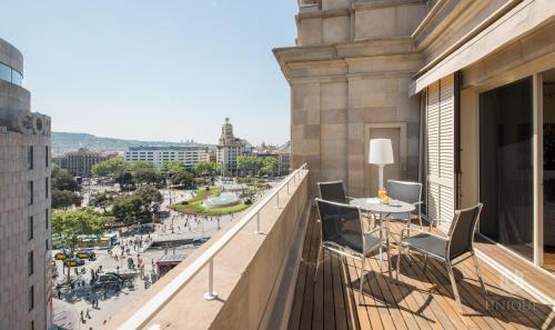 Unique Rentals - Placa Catalunya Central Apartments photo 6