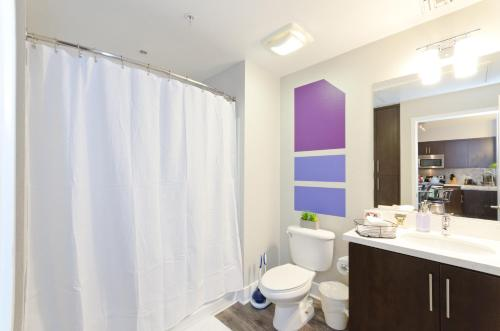 Popular Hollywood Fabulous Suite - Los Angeles, CA 90028