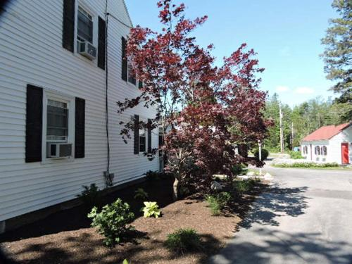 Open Hearth Inn - Trenton, ME 04605
