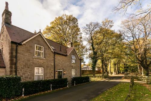 Eshott Hall Estate, Morpeth, Eshott, NE65 9EN