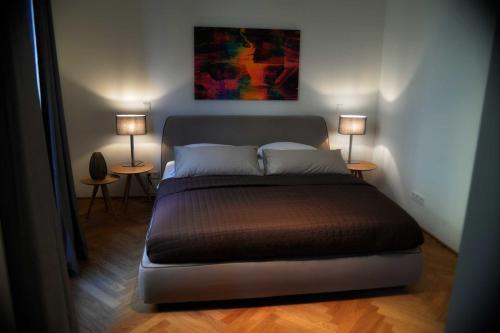 Bonusfeature Apartments - Photo 8 of 43