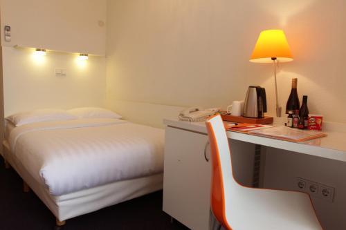 Multatuli Hotel photo 2
