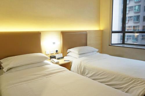 The South China Hotel photo 43
