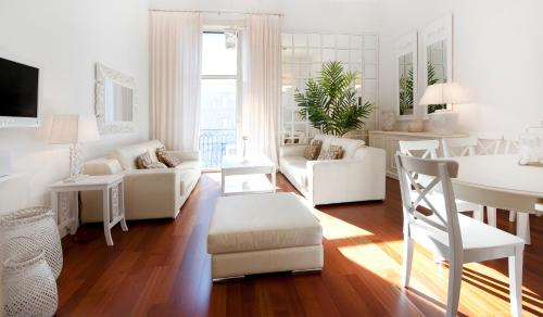 You Stylish City Centre Apartments photo 23