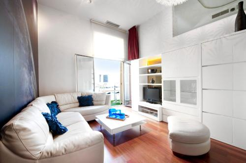 You Stylish City Centre Apartments photo 28