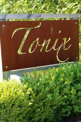 Tonix Boutique Accommodation
