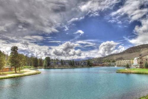 Lakeside Ski Condo With Hot Tub And Pool - Keystone, CO 80435