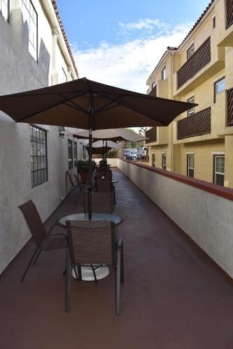 Old Town Western Inn - San Diego, CA CA 92110