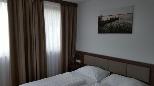 Фото отеля Hotel am See Rust