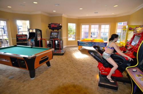 5038 Tideview Circle #20 - Three Bedroom Townhome - Orlando, FL 32819