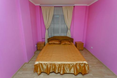 Apartment Pochtovaya 12