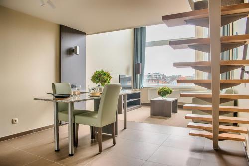 . Arass Hôtel & Business Flats