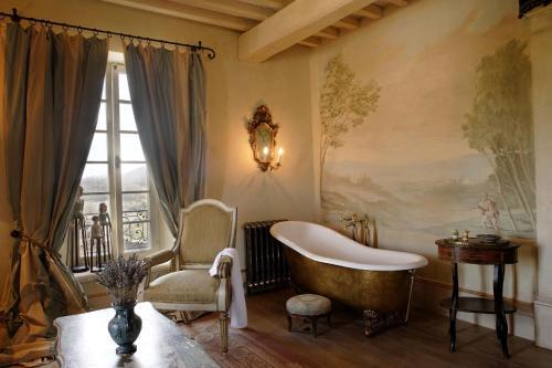 San Galgano Loc. Palazzetto, Chiusdino, 53012, Tuscany, Italy.