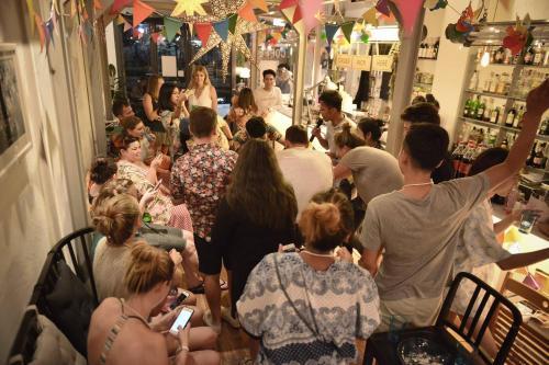 Good One Hostel & Cafe Bar photo 54