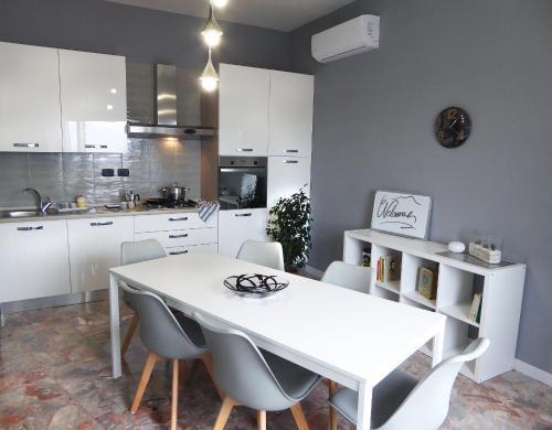 . La Bella Vita Apartments