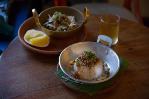 Glur Bangkok Hostel & Coffee Bar photo 36