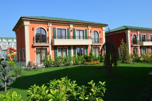 Luxury Villas in Therma Village