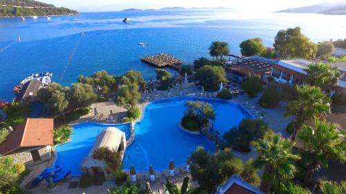 Torba Izer Hotel Beach Club tatil