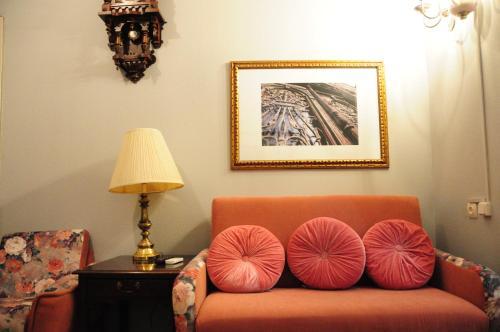 Фото отеля tbilisioldhouse N52