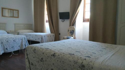 Habitación Doble con cama supletoria (3 adultos) Hotel Las Casas del Consul 4