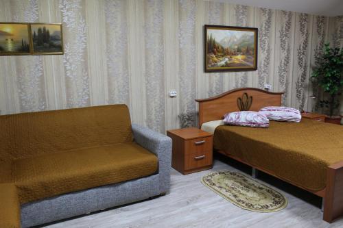 __{offers.Best_flights}__ 12 Mesyatsev Hotel