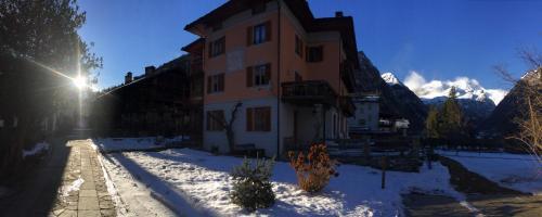 Tre Alberi Liberi - Hotel - Alagna Valsesia