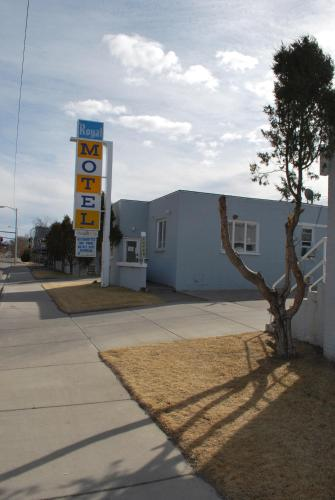 Royal Motel - Great Falls, MT 59401