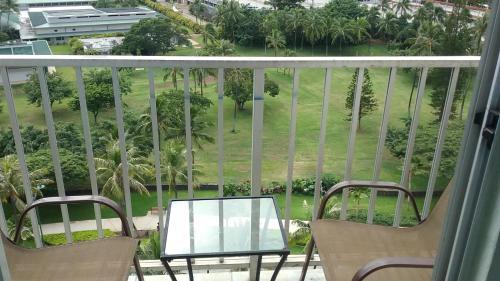 Inn On The Park 1103 - Honolulu, HI 96815