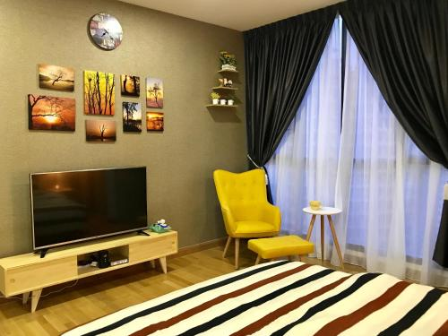 KL Gateway Studio - Business Suite Near Mid Valley