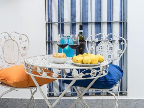. Cornabrugia Patio Apartment