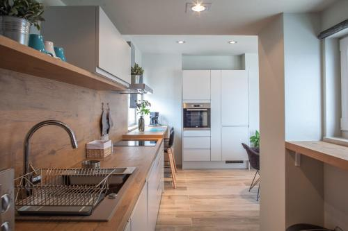 Design Interior Rumah Type 27  apartments vranjes deluxe in brela croatia 20 reviews