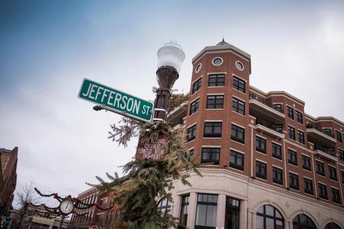 Jefferson Street Inn - Hotel - Wausau