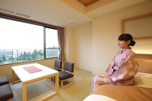 Family Room with Tatami Area and City View - Non-Smoking