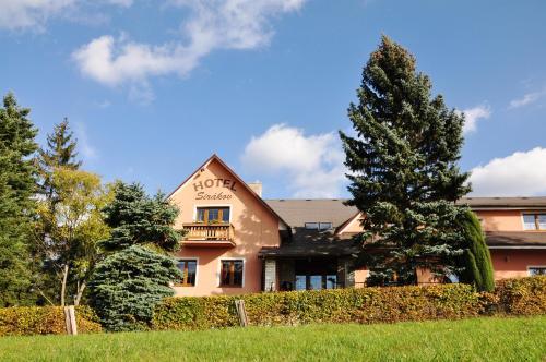 . Hotel Sirákov