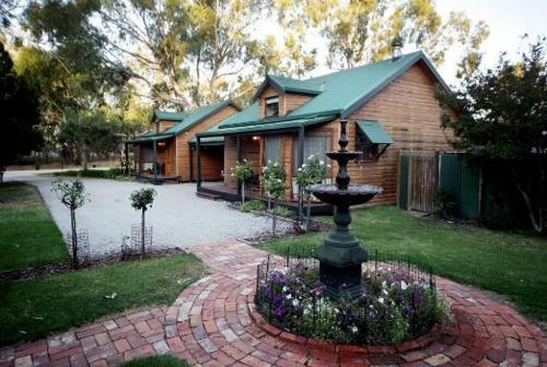 Cottages on Edward