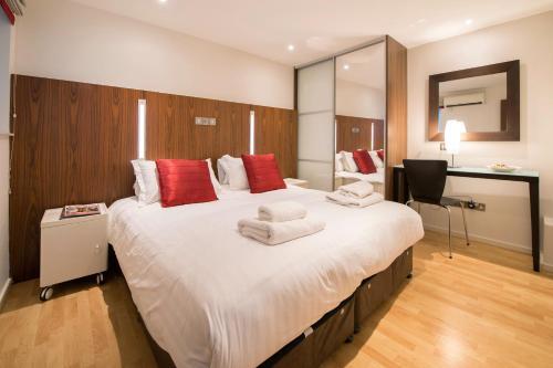 Harrogate Holidays - Parliament Street Apartments