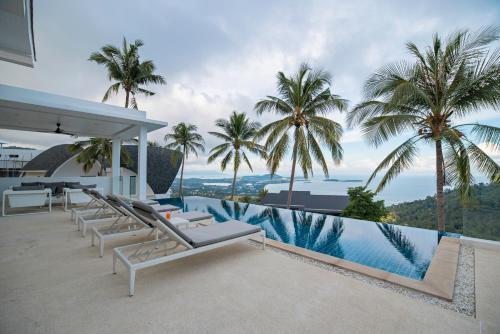 Luxury Modern Villa Luxury Modern Villa