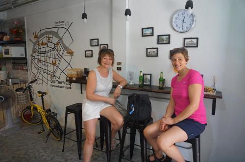 Feel Good Bangkok Hostel photo 54