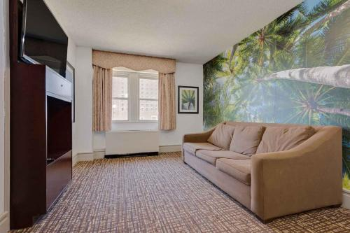Baymont By Wyndham Atlantic City Madison Hotel - Atlantic City, NJ 08401