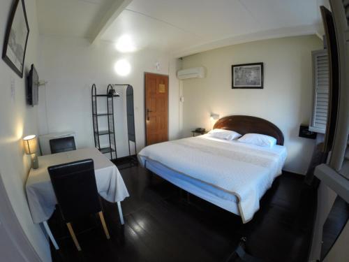 Carib Hotel, Fort-de-France