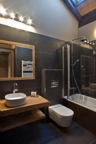 Habitación Doble con bañera de hidromasaje Hotel La Neu 4